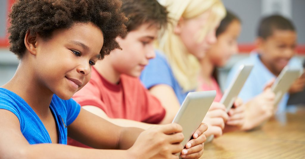 The Pros And Cons Of Technology In The Classroom 8