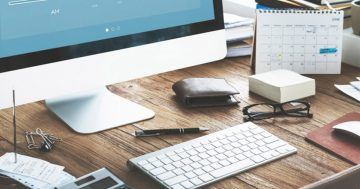 6 Things You Should Be Doing Daily To Keep Your Workspace Organised